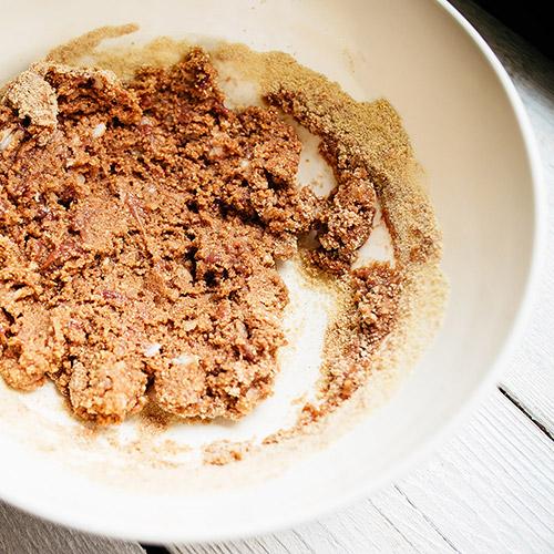 Polévka s játrovými knedlíčky - recept krok 2