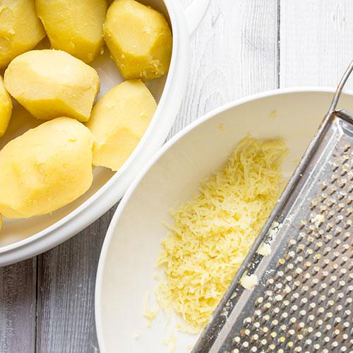 Lokše, bramborové placky – recept krok 1